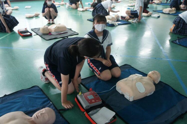 部活動対象救急法に参加。